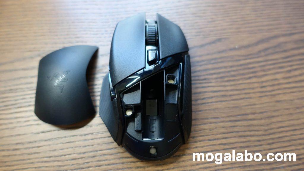 USBアダプタは初めから本体に装着